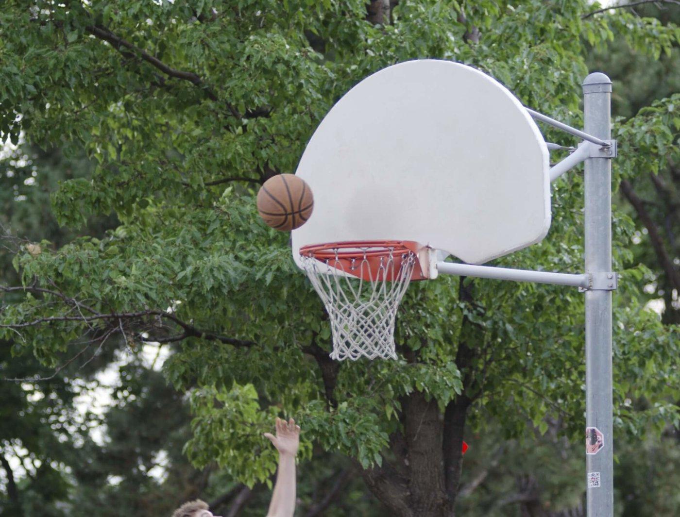 チームに貢献するために〜バスケで3Pシュートの決定率を劇的に向上させるコツ〜