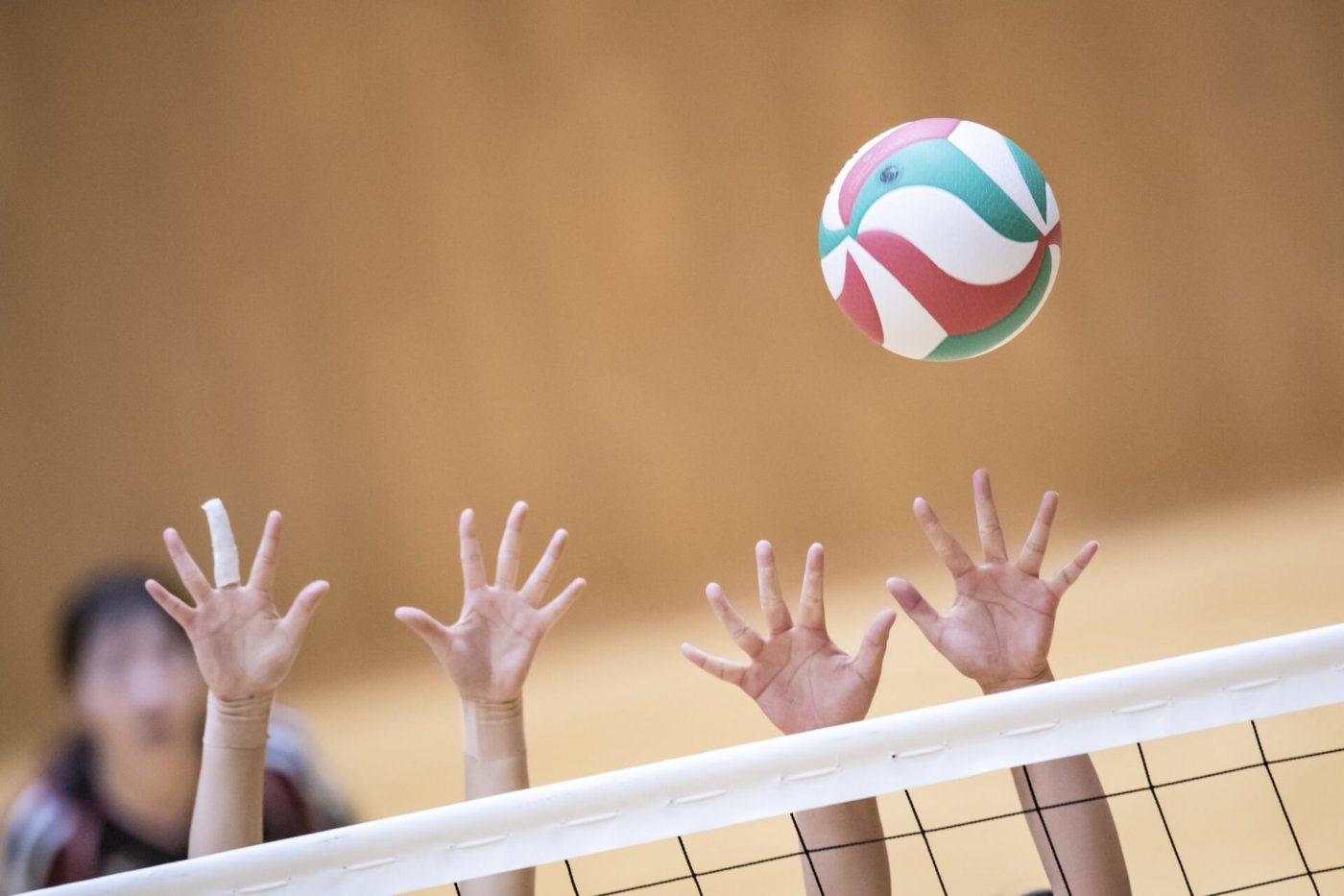 バレーボールのルール:オーバーネットって何?