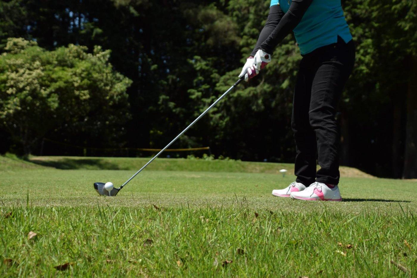 ゴルフのドライバースイング