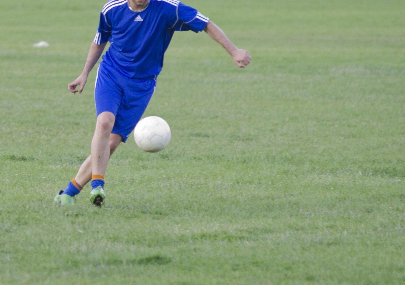 サッカーのディフェンス練習