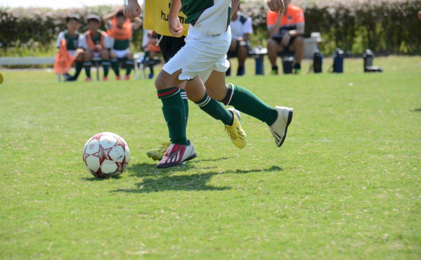 サッカーのドリブル練習方法