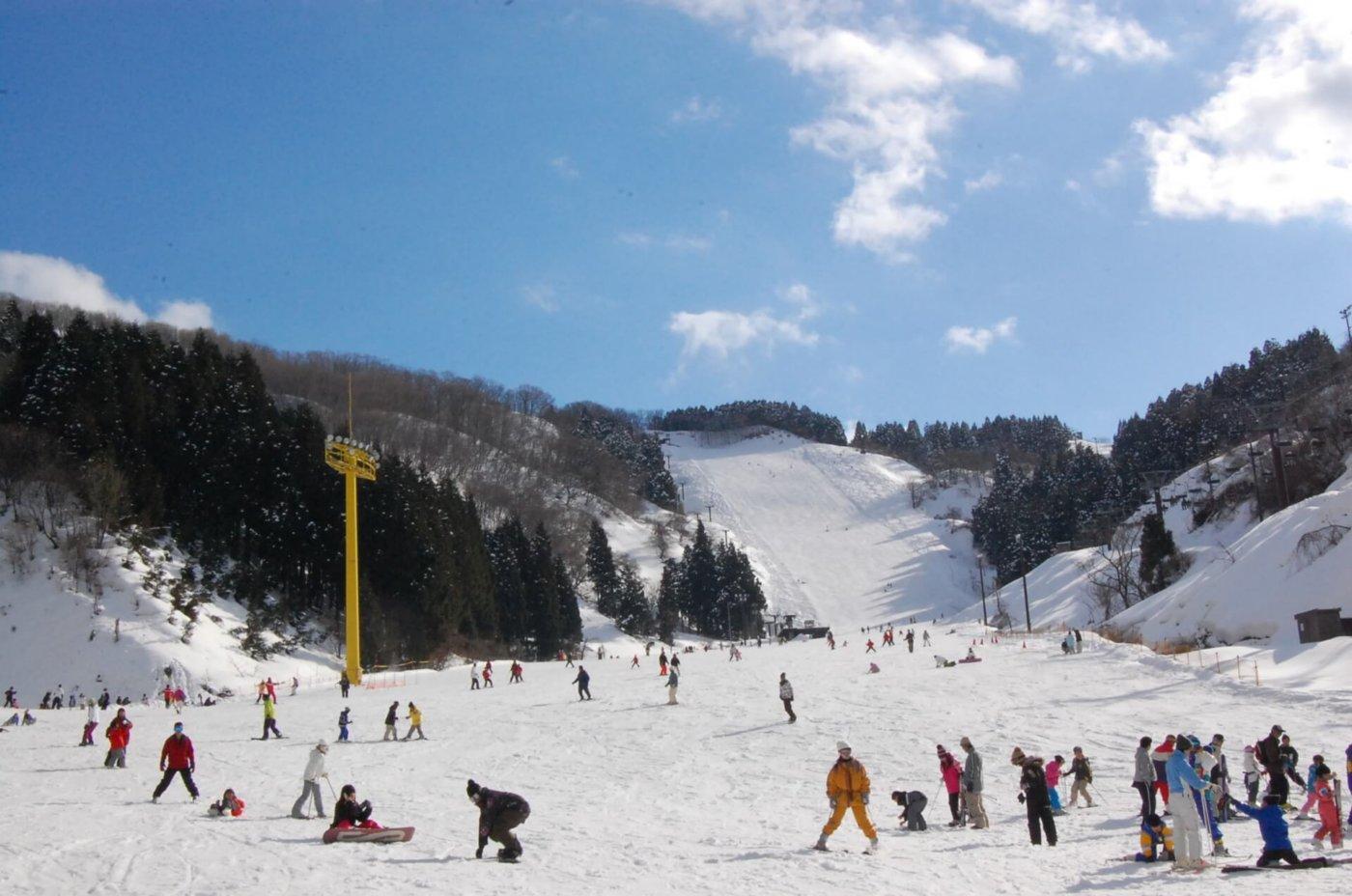 バスツアーを利用してスキーに行こう