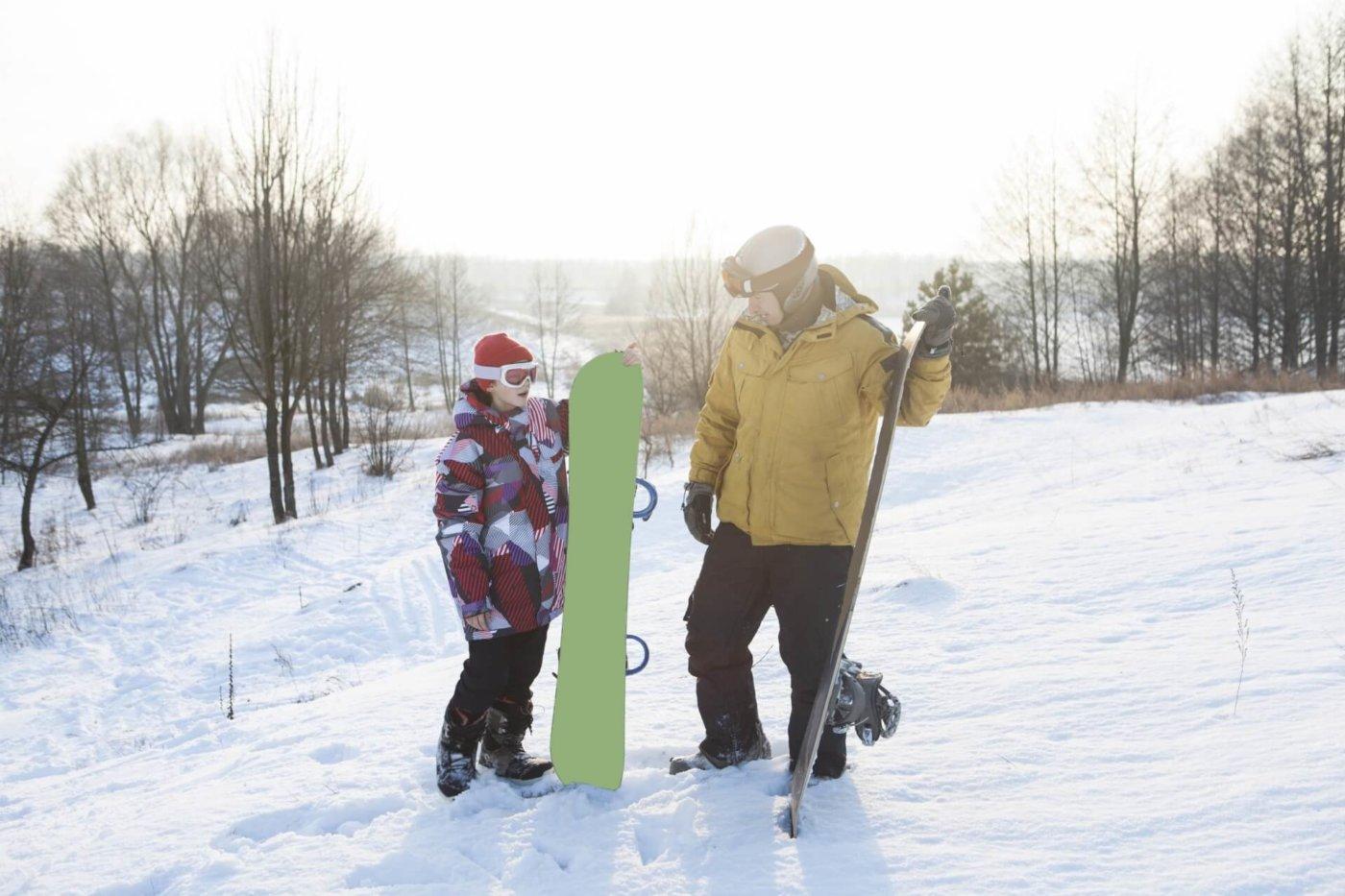 パーカーを着てスノーボードをしよう