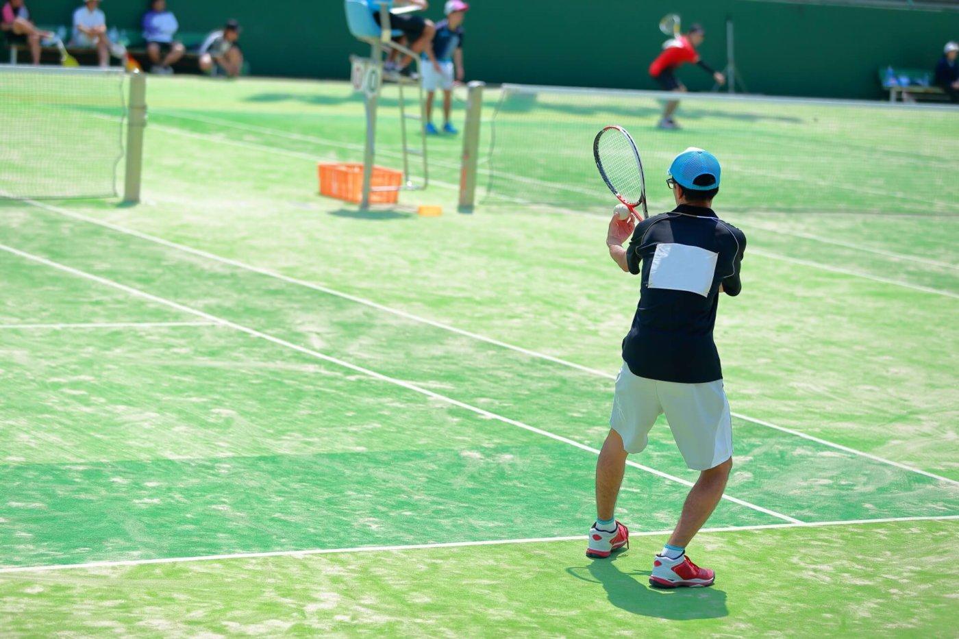 テニスの必需品キャップ