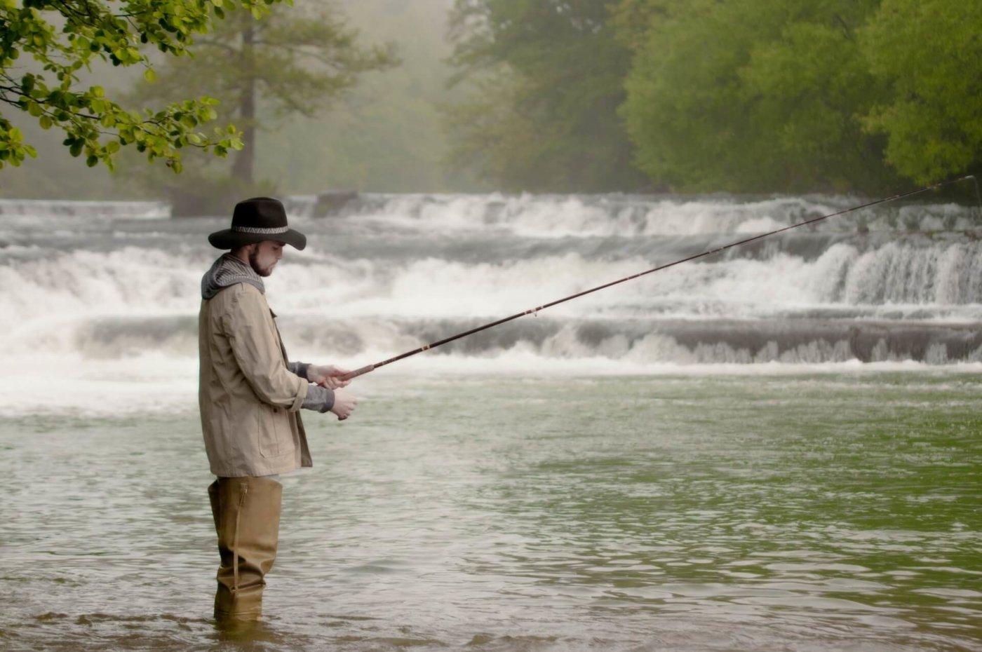 各地区の釣り情報を知るには?ネットの情報は役立ちます