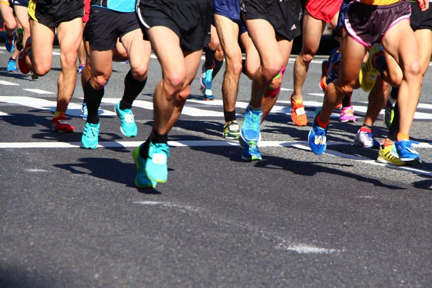 マラソンはどのような服装で走れば良い?