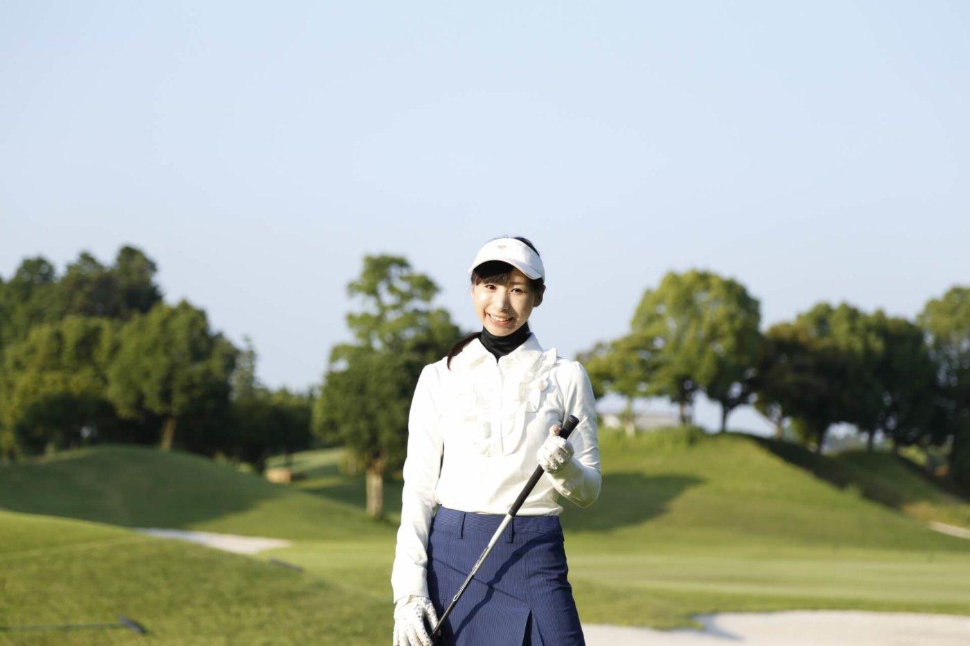 レディース用のゴルフ帽子