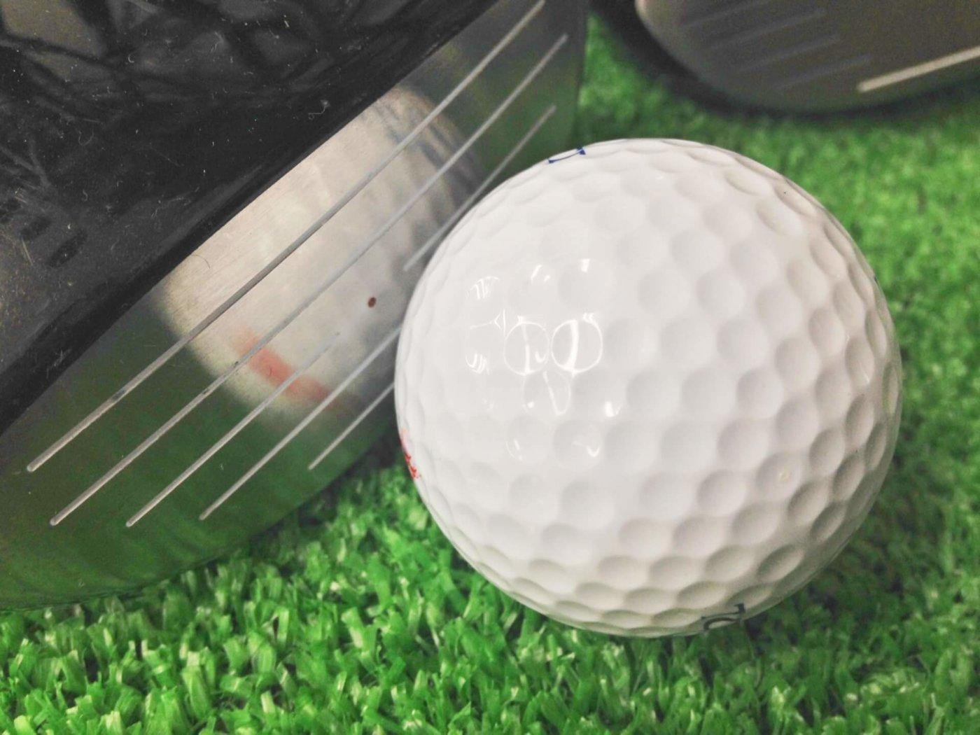 ゴルフ用のハイテク計測器