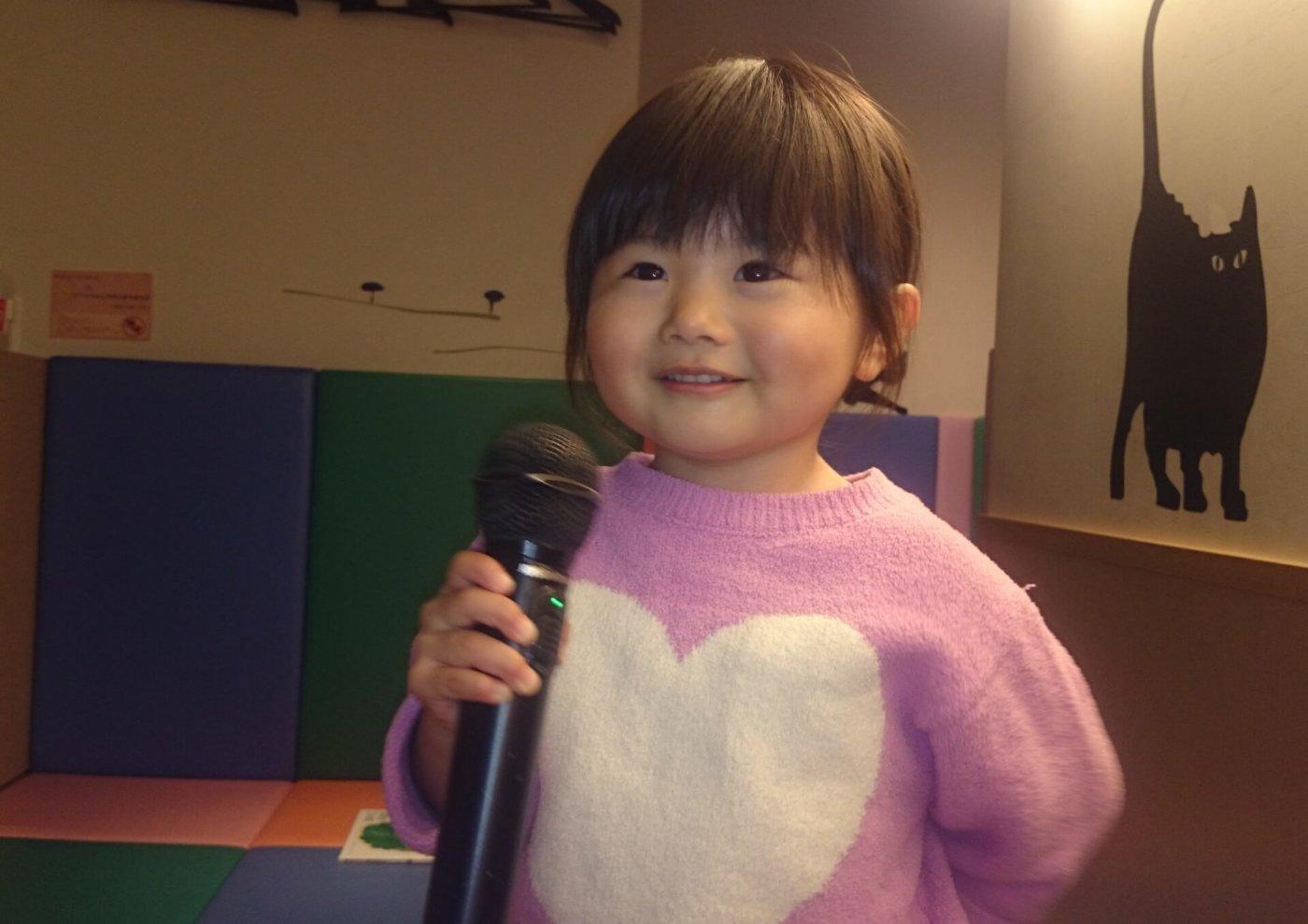 カラオケで歌うと盛り上がるアイドルランキング