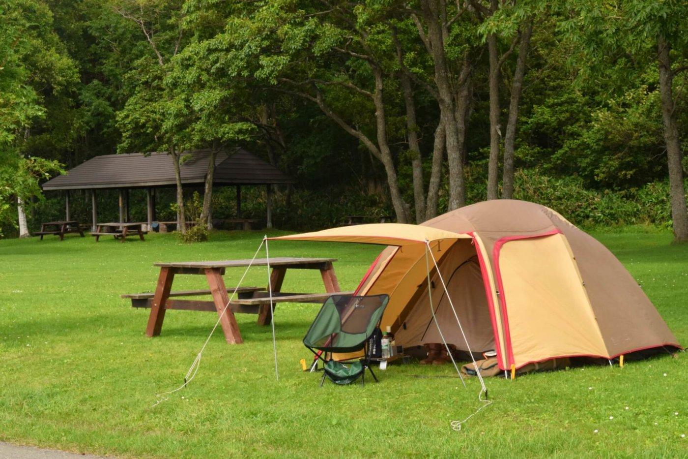 キャンプに使うテントの構造の違い