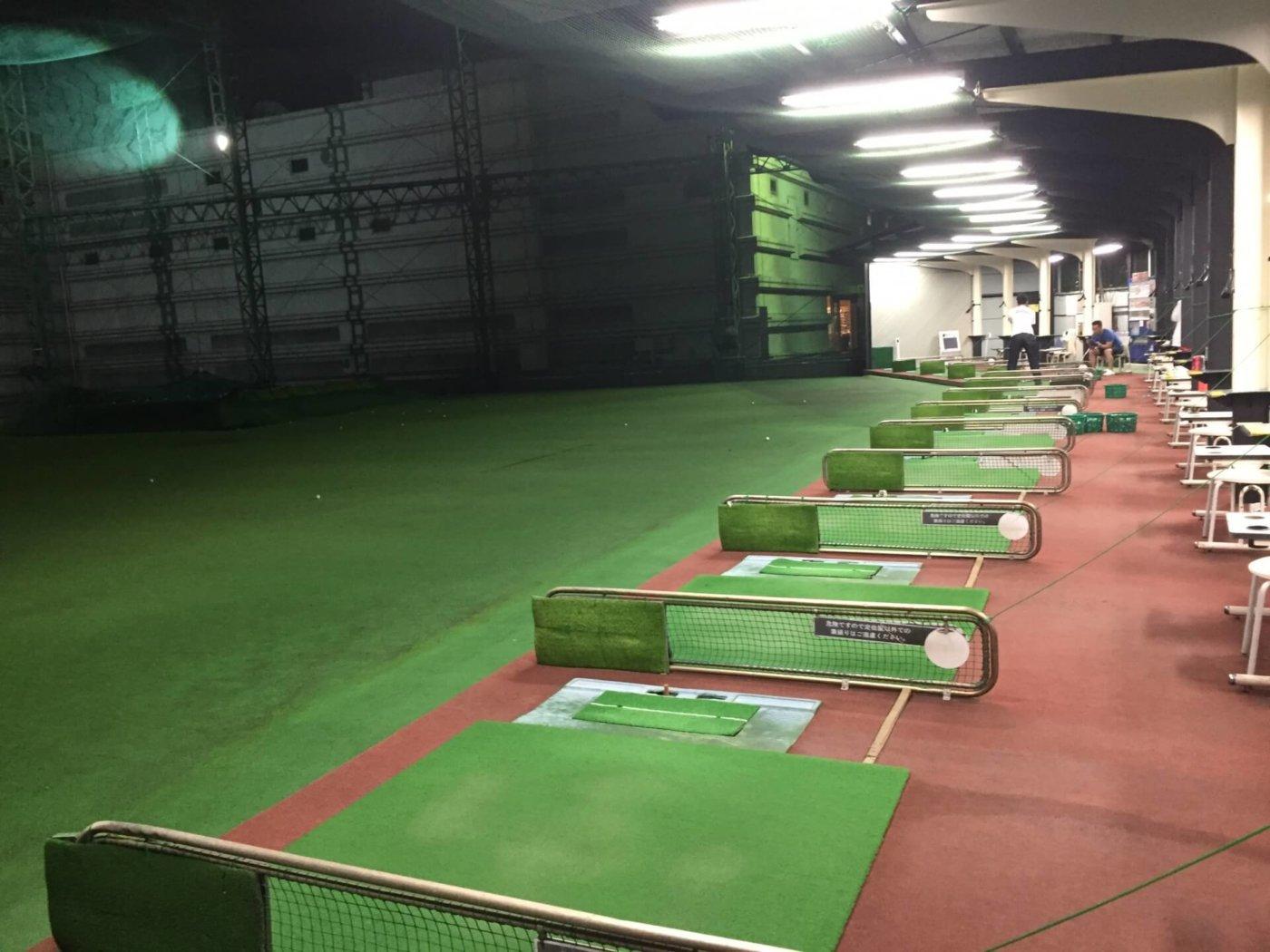打ちっぱなしゴルフをするならココ!東京と大阪のおすすめのゴルフ場!