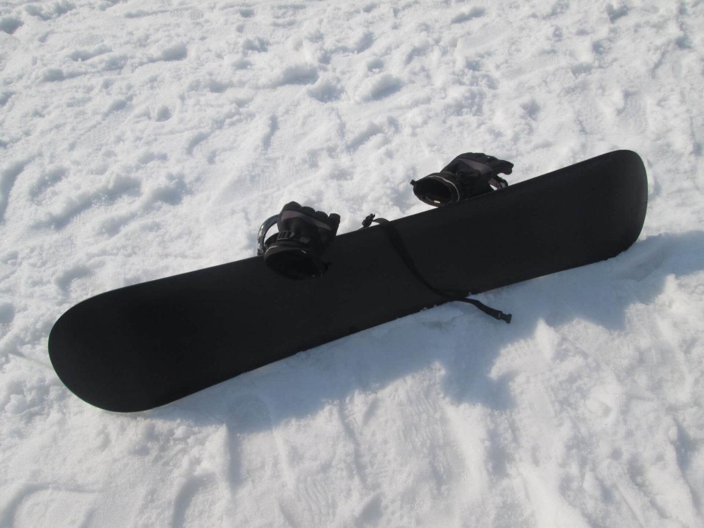 【スノーボード初心者講座】ビンディングを取り付けてみよう!