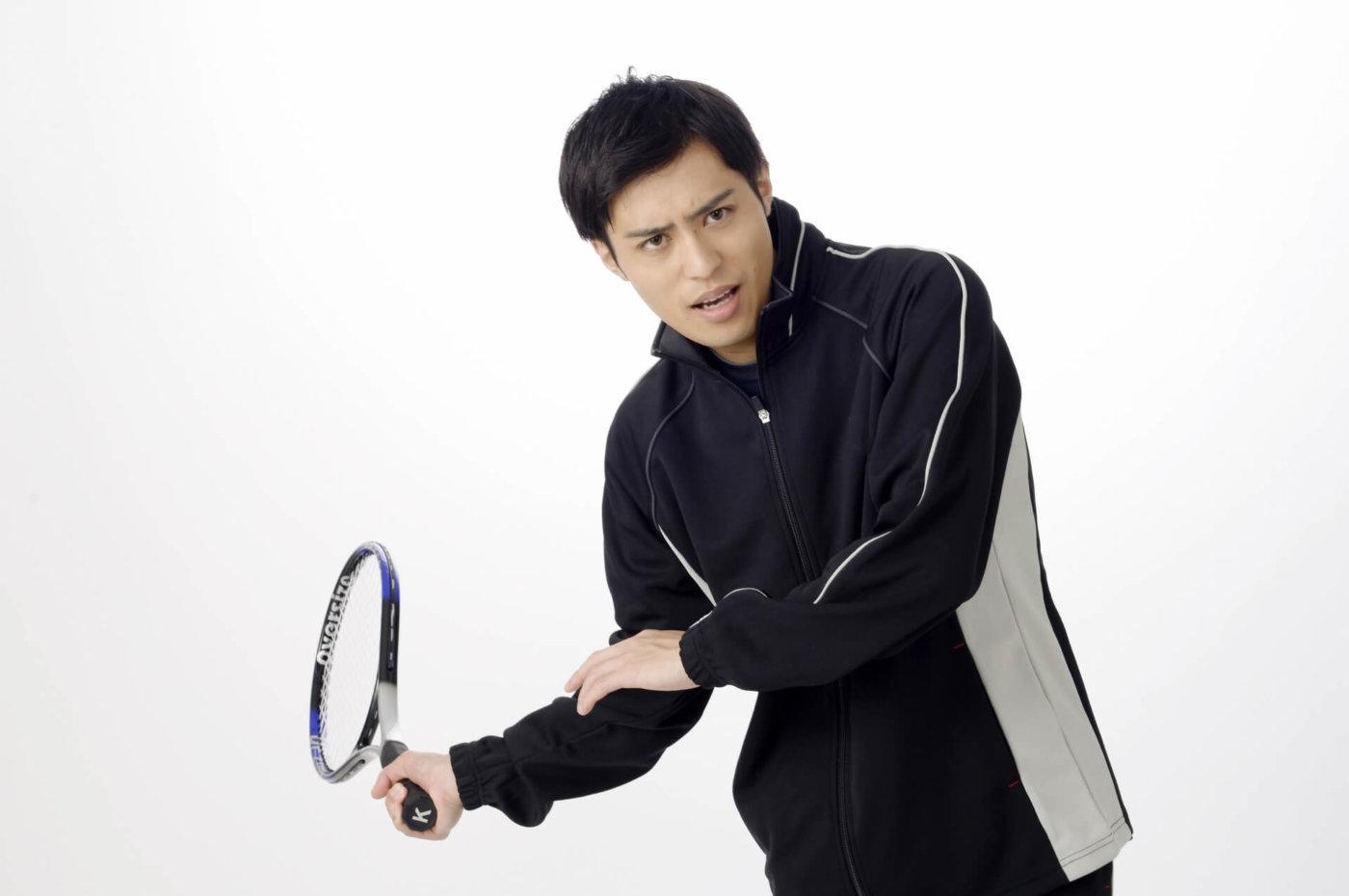 【テニスのコツ】フォアハンドを上達させたい!