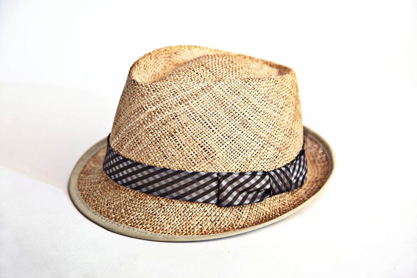 これってアリ?ナシ?ゴルフの帽子のマナーを勉強しよう