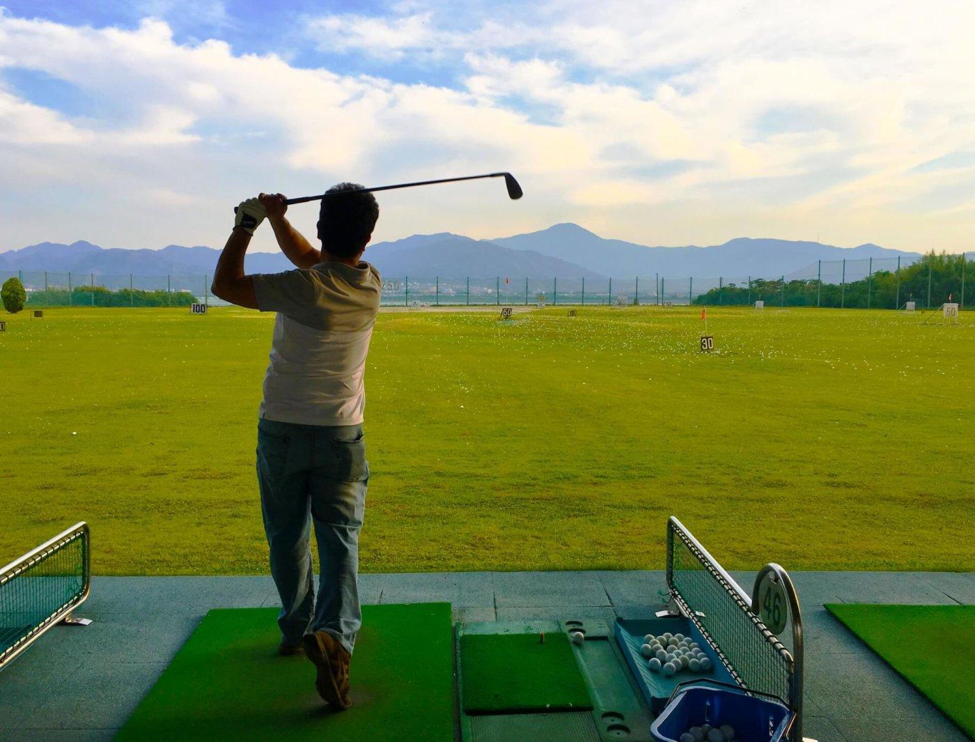 【ゴルフ初心者必見!】正しい体重移動のイロハ、教えます!!