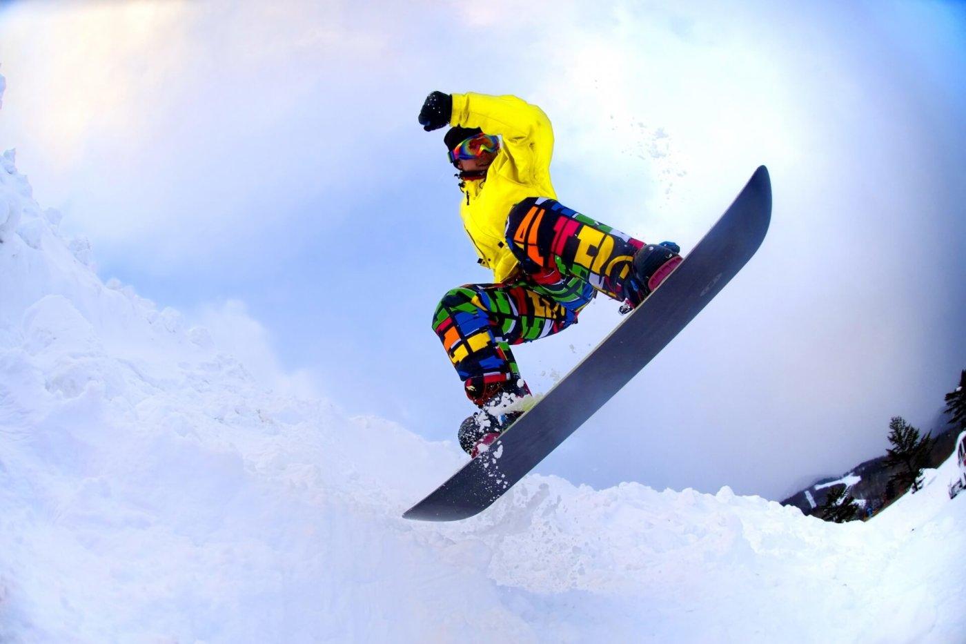 初めてでも安心!スノーボードツアーのイロハを伝授