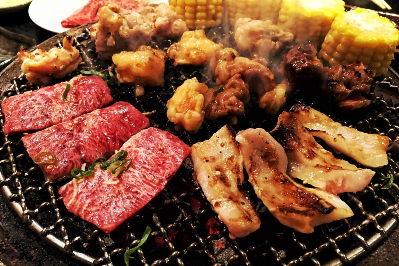 バーベキューの主役は、肉!肉!肉だ!