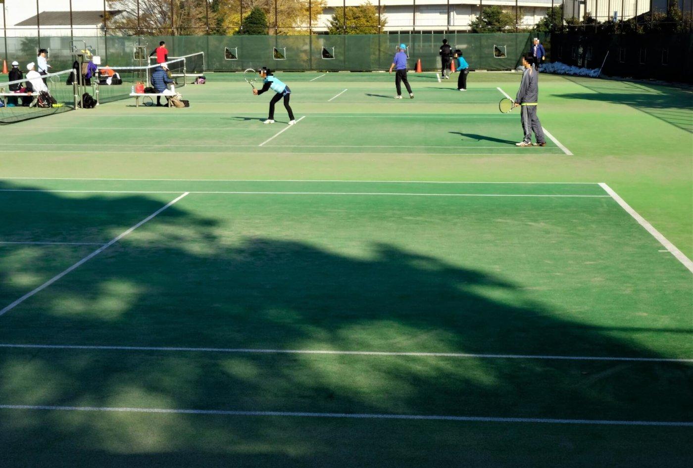 テニスがもたらす英語力アップの秘密