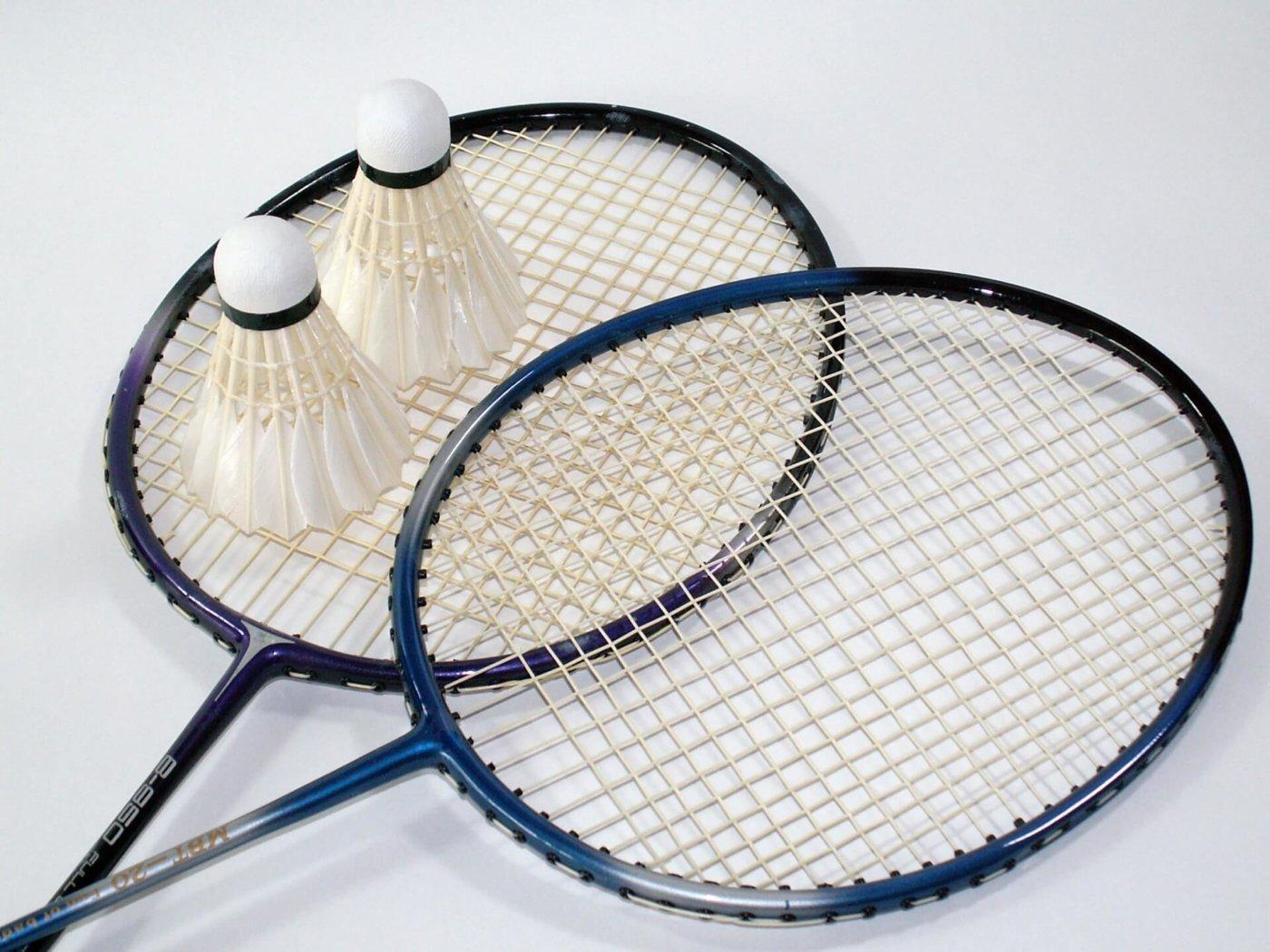 テニスと似てる?バドミントンの基本ルールを覚えよう!