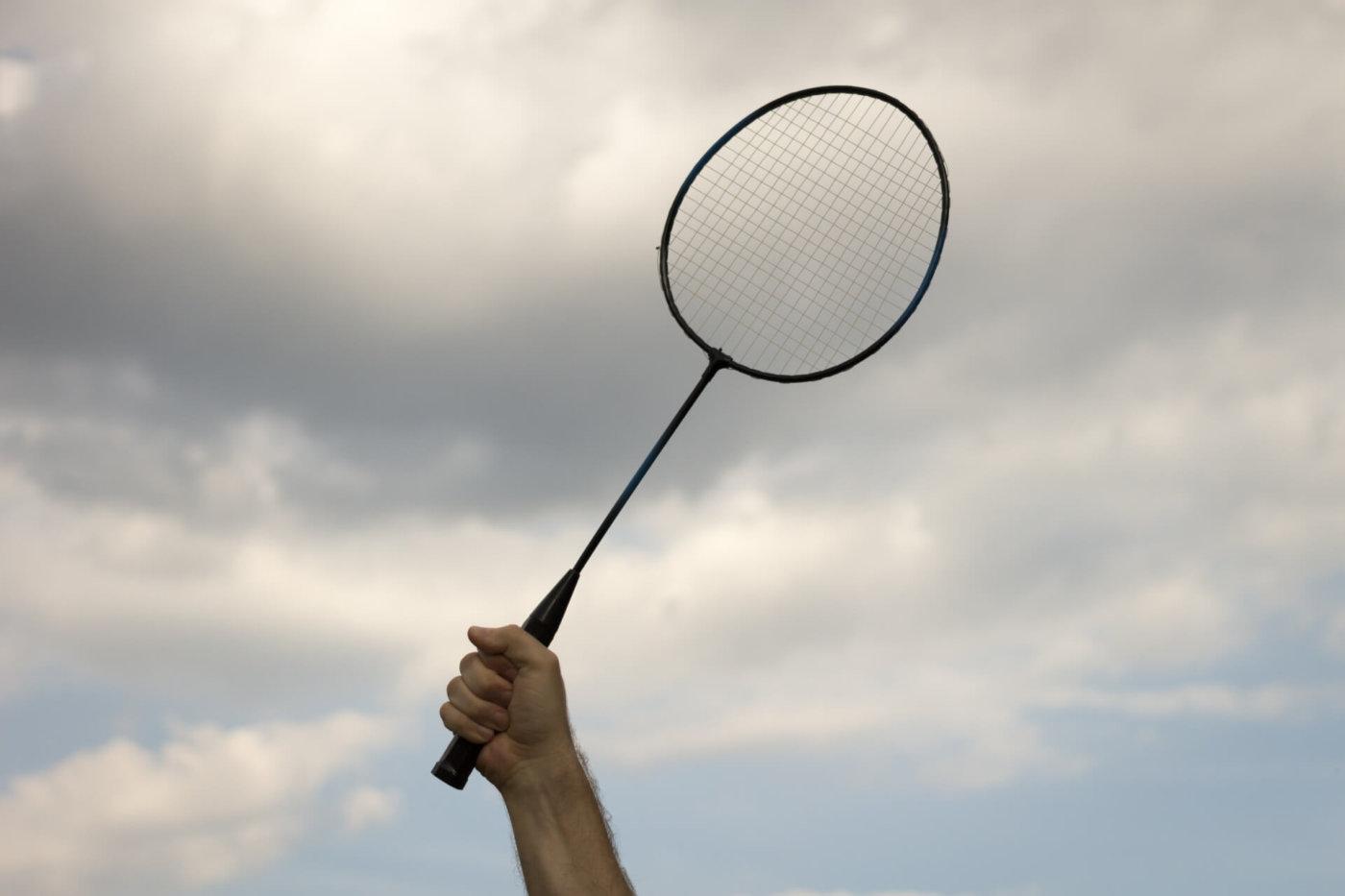 初心者が知っておきたい、バドミントンのラケット選びのポイント