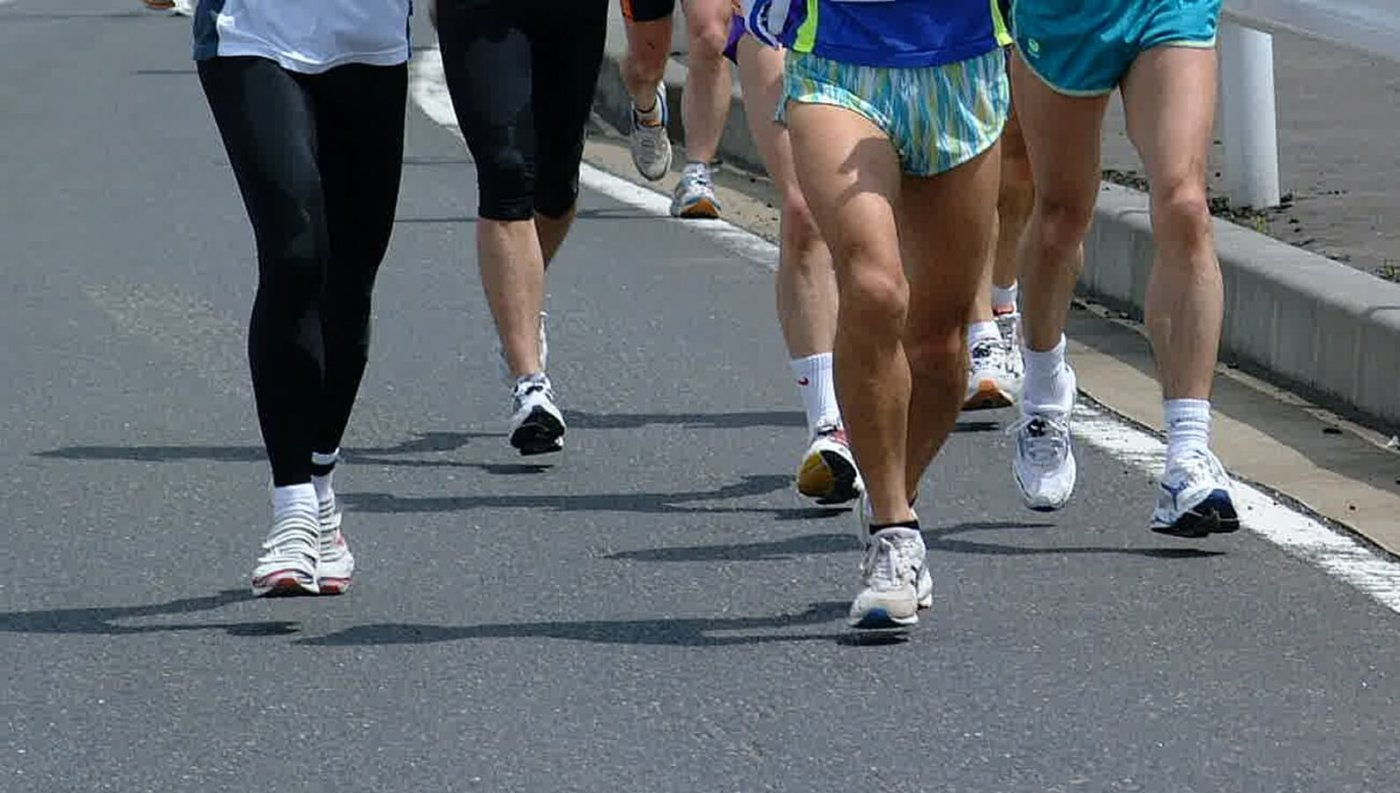 マラソン選手が大会前に実践している食事法を徹底解説!