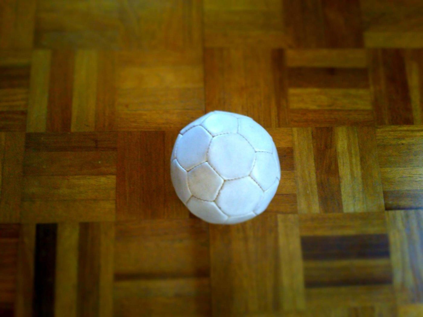 ハンドボールのサイドシュートのコツ